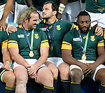 ENG - London, England, October 30: The Springboks pose with their bronze medals after winning the bronze medal match between South Africa (green/gold) and Argentina (blue/white) on October 30, 2015 at The Stadium, Queen Elizabeth Olympic Park in London, England. Final score 24-13 (HT 16-0). (Photo by Dirk Markgraf / www.265-images.com) *** Local caption *** (L-R) Jannie Du Plessis #18 of South Africa, Bismarck Du Plessis #2 of South Africa, Tendai Mtawarira #1 of South Africa