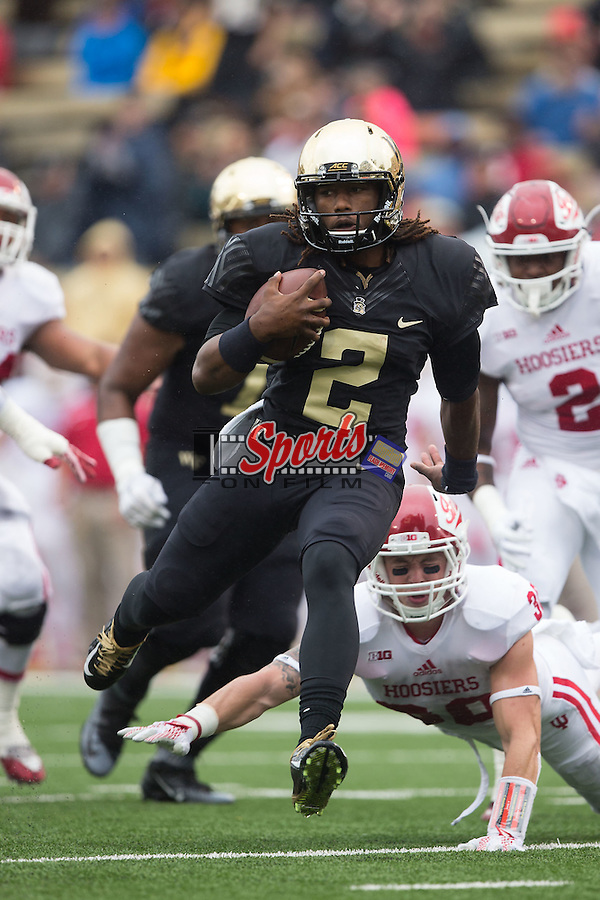 Kendall Hinton (2) of the Wake Forest Demon Deacons rushes for a touchdown during first half action against the Indiana Hoosiers at BB&T Field on September 26, 2015 in Winston-Salem, North Carolina.  The Hoosiers defeated the Demon Deacons 31-24.  (Brian Westerholt/Sports On Film)