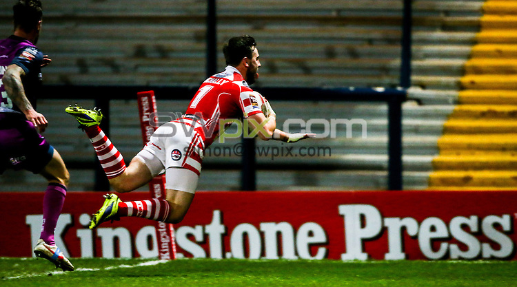 Picture by Alex Whitehead/SWpix.com - 05/10/2014 - Rugby League - Kingstone Press Championship Grand Final - Leigh Centurions v Featherstone Rovers - Headingley Carnegie Stadium, Leeds, England - Leigh's Gregg McNally scores a try.