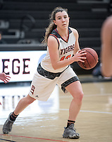 Triana Anderson '18. The Occidental College women's basketball team plays against Pomona-Pitzer in Rush Gym on Feb. 15, 2017.<br /> (Photo by Marc Campos, Occidental College Photographer)