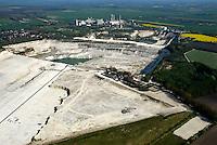 4415/Kreide: EUROPA, DEUTSCHLAND, SCHLESWIG- HOLSTEIN,  (GERMANY), 25.04.2007: Kreide, Abbau, Laegerdorf, Holcim, Rohstoff, Foerderung, Verarbeitung,Herstellung, Zement, Zementwerk,  Luftbild, Luftaufnahme, Luftansicht, Aufwind-Luftbilder.c o p y r i g h t : A U F W I N D - L U F T B I L D E R . de.G e r t r u d - B a e u m e r - S t i e g 1 0 2, 2 1 0 3 5 H a m b u r g , G e r m a n y P h o n e + 4 9 (0) 1 7 1 - 6 8 6 6 0 6 9 E m a i l H w e i 1 @ a o l . c o m w w w . a u f w i n d - l u f t b i l d e r . d e.K o n t o : P o s t b a n k H a m b u r g .B l z : 2 0 0 1 0 0 2 0  K o n t o : 5 8 3 6 5 7 2 0 9.C o p y r i g h t n u r f u e r j o u r n a l i s t i s c h Z w e c k e, keine P e r s o e n l i c h ke i t s r e c h t e v o r h a n d e n, V e r o e f f e n t l i c h u n g n u r m i t H o n o r a r n a c h M F M, N a m e n s n e n n u n g u n d B e l e g e x e m p l a r !.