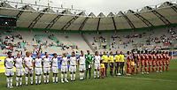 Chile, Temuco: Usa´s teams (L), during the final match of the group, Fifa U-20 Womens World Cup the at German Becker stadium in Temuco , on November 26 2008. Photo by Grosnia/ISIphotos.com