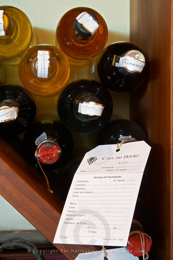 bottle with control label and wax seal quinta da gaivosa douro portugal