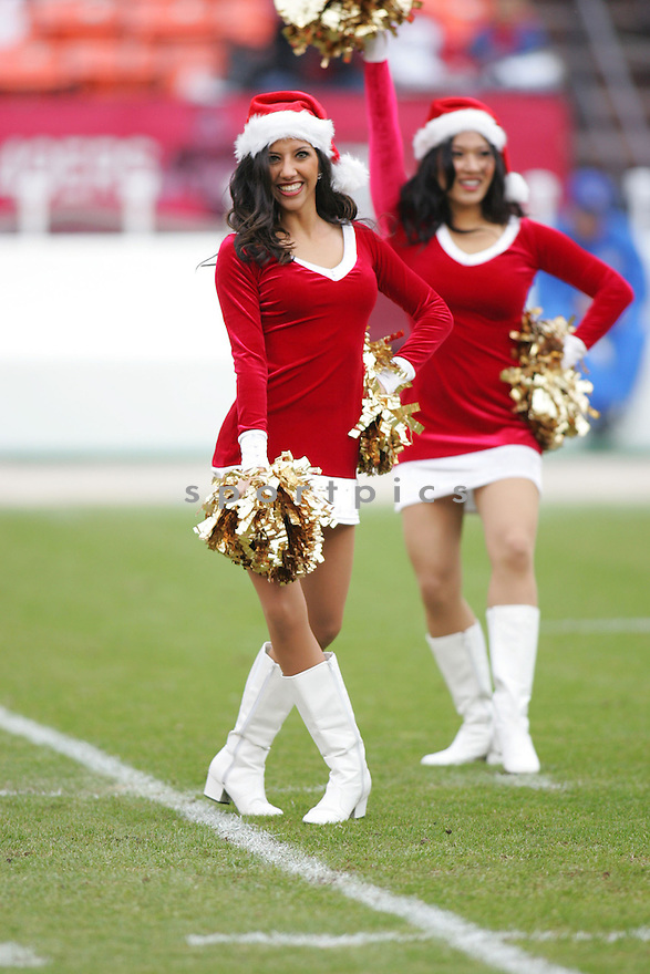 CHEERLEADERS, of the San Francisco 49ers during their game  against the  Arizona Cardinals on December 24, 2006 in San Francisco, CA...Cardinals win 26-20....ROB HOLT/ SPORTPICS