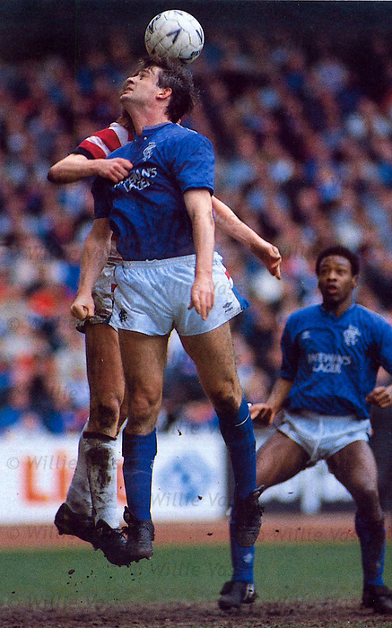 Kevin Drinkell playing against Hamilton Accies at Ibrox in 1988
