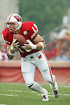 Madison, Wisconsin - 9/13/03. University of Wisconsin defensive back/punt returner Jim Leonhard (18) during the UNLV game at Camp Randall Stadium. UNLV beat Wisconsin 23-5. (Photo by David Stluka)