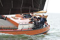 SKUTSJESILEN: LEMMER: Lemster Baai, 18-05-2012, Lemmer Ahoy, Schipper Jaap Zwaga, Ut 'e Striid, SKS skûtsje Langweer, ©foto Martin de Jong