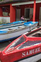 France, île de la Réunion, Parc national de La Réunion, classé Patrimoine Mondial de l'UNESCO, Sainte Rose, Anse des Cascades: Bateaux des pêcheurs // //France, Reunion island (French overseas department), Parc National de La Reunion (Reunion National Park), listed as World Heritage by UNESCO, Sainte Rose, Anse des Cascades: Fisher boats