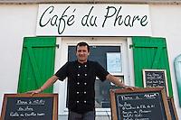 Europe/France/Poitou-Charentes/17/Charente-Maritime/Ile de Ré/Saint-Clément-des-Baleines: Hervé Dalet chef du restaurant du Café du Phare