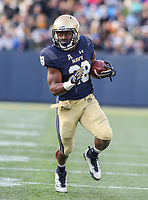 Annapolis, MD - November 11, 2017: Navy Midshipmen running back Josh Brown (28) runs the ball during the game between SMU and Navy at  Navy-Marine Corps Memorial Stadium in Annapolis, MD.   (Photo by Elliott Brown/Media Images International)