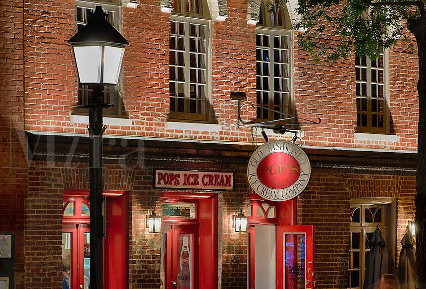 Ice Cream shop along King Street, Alexandria, Virginia, USA