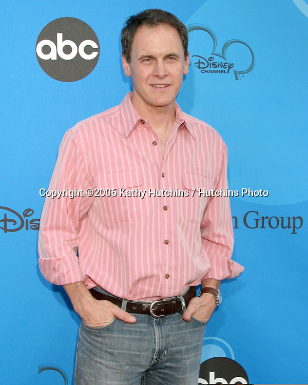 Mark Moses.ABC Television Group TCA Party.Kids Space Museum.Pasadena, CA.July 19, 2006.©2006 Kathy Hutchins / Hutchins Photo....