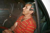 SÃO PAULO, SP, 05 JULHO DE 2012 - O ajudante geral Jorge Antunes Cardozo de 47 anos acusado de ter sequestrado menina em igreja chegou agora a noite no 6 DP - Aclimação. Foto: Mauricio Camargo - Brazil Photo Press.