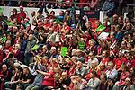 20.12.2017, Margon-Arena, Dresden, GER, DVV-Pokal Damen Halbfinale, Dresdner SC vs. SSC Palmberg Schwerin, im Bild<br /> <br /> <br /> Jubel der Fans des Dresdner SC<br /> <br /> Foto &copy; nordphoto / Dostmann