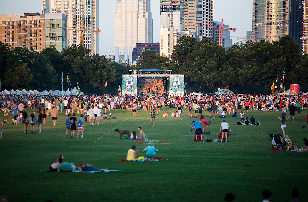 Wednesdays during the summer, you'll find thousands of music fans enjoying the Blues on the Green for free, live music held in Zilker Park in downtown Austin, Texas. Blues on the Green is Austin's largest free concert series, averaging over 10,000 attendees per concert.