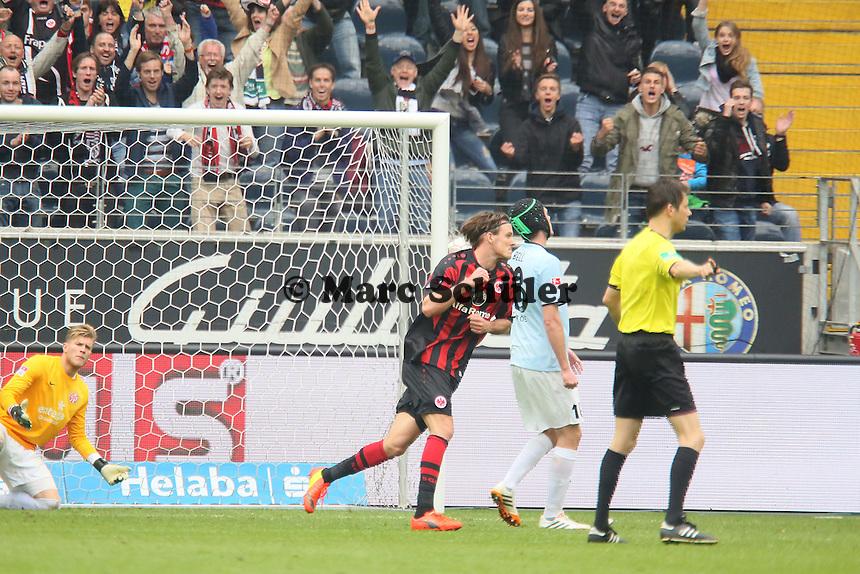 Alex Meier (Eintracht) erzielt das 2:0 und jubelt - Eintracht Frankfurt vs. 1. FSV Mainz 05