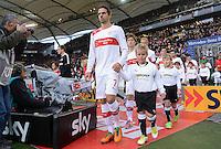 FUSSBALL   1. BUNDESLIGA  SAISON 2012/2013   9. Spieltag   VfB Stuttgart - Eintracht Frankfurt      28.10.2012 Martin Harnik (VfB Stuttgart), Gotoku Sakai (VfB Stuttgart) und Raphael Holzhauser (v.li., VfB Stuttgart) mit Einlaufkindern