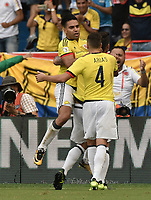 BARRANQUILLA - COLOMBIA - 05-09-2017:  Falcao Garcia (Izq) jugador de Colombia celebra después de anotar un gol a Brasil durante partido de la fecha 16 para la clasificación a la Copa Mundial de la FIFA Rusia 2018 jugado en el estadio Metropolitano Roberto Melendez en Barranquilla. /  Falcao Garcia (L)  player of Colombia celebrates after scoring a goal to Brazil during match of the date 16 for the qualifier to FIFA World Cup Russia 2018 played at Metropolitan stadium Roberto Melendez in Barranquilla. Photo: VizzorImage/ Gabriel Aponte / Staff