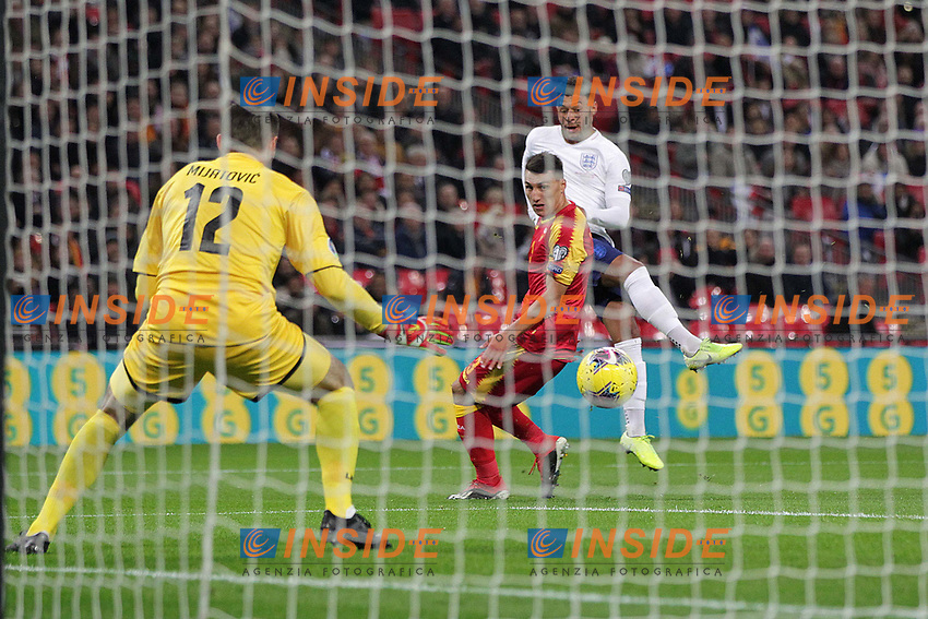 Alex Oxlade-Chamberlain of England scores to make it 1-0 during the UEFA Euro 2020 Qualifying Group A match between England and Montenegro at Wembley Stadium on November 14th 2019 in London, England. (Photo by Matt Bradshaw/phcimages.com)<br /> Foto PHC Images / Insidefoto <br /> ITALY ONLY