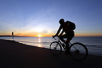WEATHER PICTURE WALES<br /> Pictured: The sun rises over Swansea Bay in Wales, UK. Wednesday 30 November 2016<br /> Re: Low temperatures with sunshine in most parts of the UK