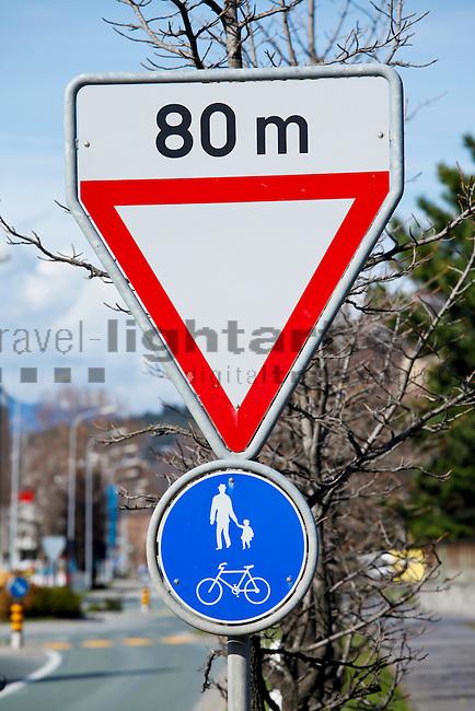Verkehrszeichen, Schild, Verkehrsschild, Triesen, Liechtenstein