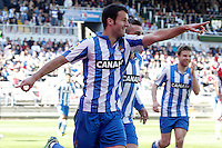 Real Sociedad's Imanol Agirretxe (l), Antoine Griezman (c) and Asier Illarramendi celebrate goal during La Liga match.April 14,2013. (ALTERPHOTOS/Acero)