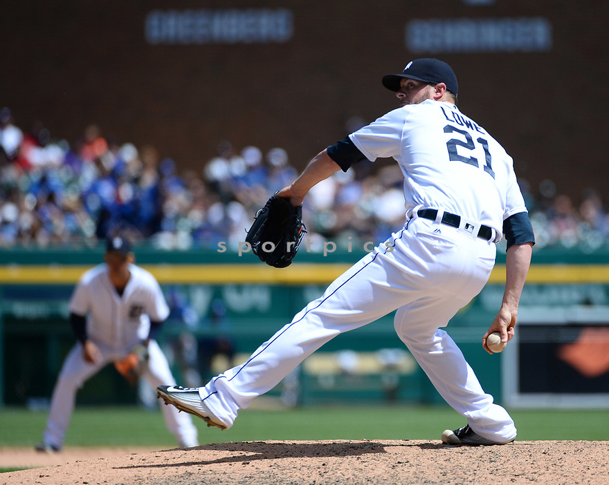 Detroit Tigers Mark Lowe (21) during a game against the Toronto Blue Jays on June 8, 2016 at Comerica Park in Detroit MI. The Blue Jays beat the Tigers 7-2.