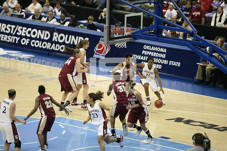 20 March 2006: Candice Wiggins, Krista Rappahahn, Brooke Smith, Rosalyn Gold-Onwude and Brooke Smith during Stanford's 88-70 win over Florida State in the second round of the NCAA Women's Basketball championships at the Pepsi Center in Denver, CO.