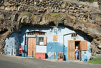 Spain, Canary Islands, La Palma, Charco Azul: cave dwelling