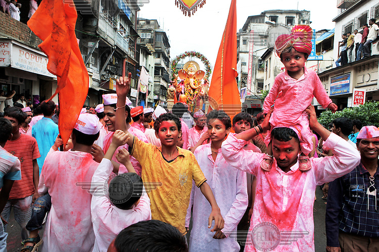Ganesh Chaturthi, a festival that celebrates the birth of Lord Ganesha, is among the most auspicious festivals celebrated in Maharashtra. For Mumbai, this ten day festival is an absolute extravaganza of devotion fused with fun and camaraderie. The city bustles with dancing and singing devotees and mammoth idols representing Lord Ganesh are paraded through the streets. Lord Ganesh is believed to be the Lord of Wisdom, prosperity and good fortune. Mumbai being the commercial capital of India, Lord Ganesh holds a special position amidst the Mumbaikars.