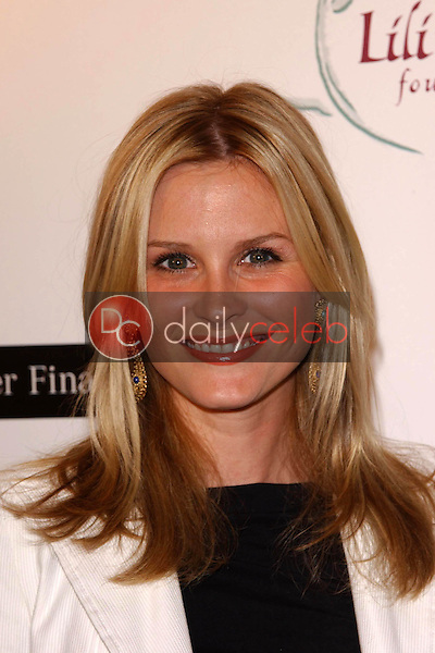 Bonnie Somerville<br /> at the 8th Annual Lili Claire Foundation Benefit, Beverly Hilton Hotel, Beverly Hills, CA 10-15-05<br /> David Edwards/DailyCeleb.Com 818-249-4998
