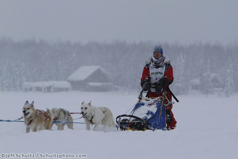 Finish of junior Iditarod  Jesse Klejka.