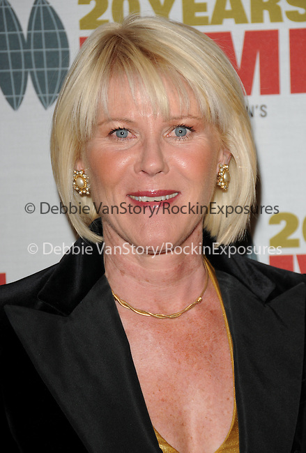 Alley Mills at The 2009 Courage in Journalism Awards held at The Beverly Hills Hotel in Beverly Hills, California on October 28,2009                                                                   Copyright 2009 DVS / RockinExposures