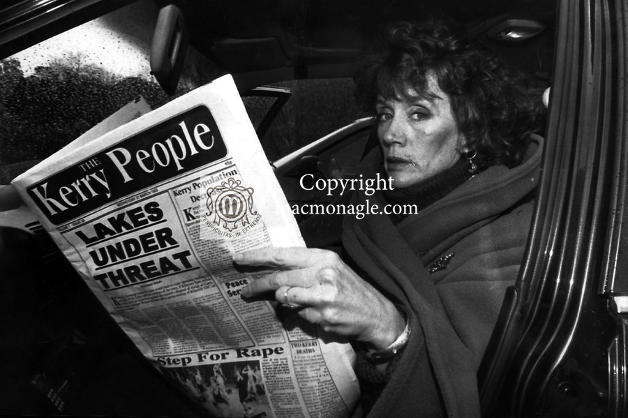 Annie Murphy, lover of Bishop Eamonn Casey catched up on local news during her first visit back to Kerry in 1993..Photo: Don MacMonagle - macmonagle.com archive