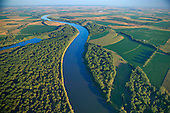 Missouri River as border to Nebraska and Iowa