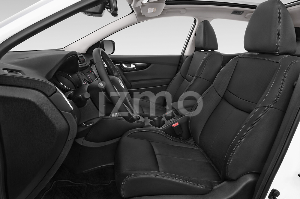 Front seat view of 2014 Nissan Qashqai Tekna 5 Door SUV front seat car photos