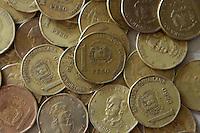 Monedas del peso dominicano equivalente a un peso..Santo Domingo, República Dominicana.29/04/2009.Foto : © Roberto Guzman