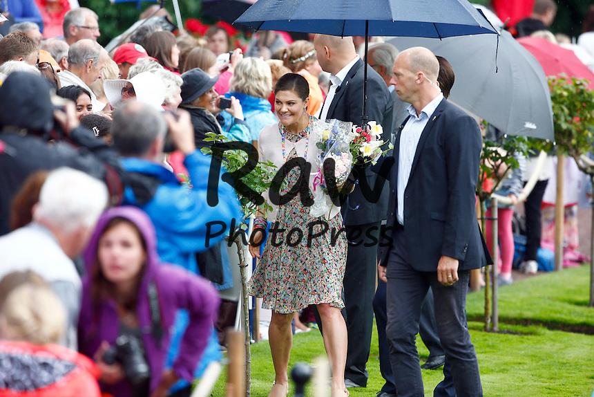 La Princesa Victoria de Suecia ha celebrado su 38 cumplea&ntilde;os en el Palacio Solliden en la Isla de Oland.<br /> Crown Princess Victoria's 38th birthday at Solliden Palace, &Ouml;land, Sweden 14 July 2015<br /> 2015-07-14<br /> (c) JERREV&Aring;NG STEFAN  / Aftonbladet / IBL Bildbyr&aring;<br /> <br /> * * * EXPRESSEN OUT * * *<br /> <br /> AFTONBLADET / 2800