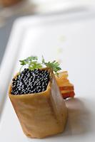 """Europe/France/Pays de la Loire/49/Maine-et-Loire/ Angers: Pied   de cochon au wasabi,  recette de Pascal Favre d'Anne chef du  restaurant """"Le Favre d'Anne"""" 18, quai des Carmes,"""
