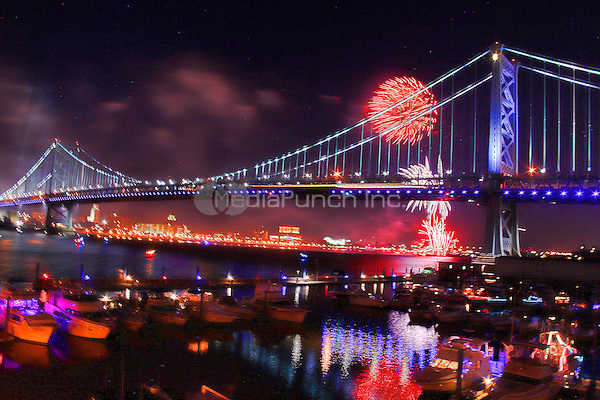 PHILADELPHIA, PA - JULY 6: Fireworks over the Ben Franklin Bridge during day two of Taste Of Philadelphia  in Philadelphia, Pa on July 6, 2013  © Star Shooter / MediaPunch Inc