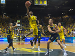 "02.06.2019, EWE Arena, Oldenburg, GER, easy Credit-BBL, Playoffs, HF Spiel 1, EWE Baskets Oldenburg vs ALBA Berlin, im Bild<br /> William""Will"" CUMMINGS (EWE Baskets Oldenburg #3 ) Luke SIKMA (ALBA Berlin #43 ) Peyton SIVA (ALBA Berlin #3 )<br /> <br /> Foto © nordphoto / Rojahn"