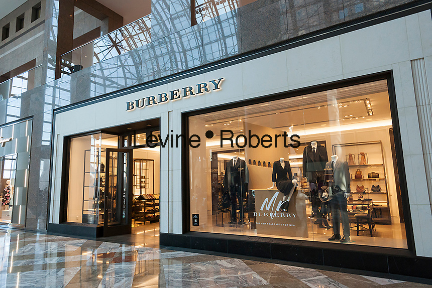A Burberry store in the Brookfield Place mall in New York on Sunday, April 17, 2016. (© Richard B. Levine)