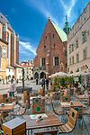 Plac Mariacki w Krakowie, widok od strony rynku.
