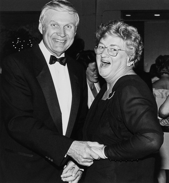 Rep. George E. Sangmeister, D-Ill., dancing with his wife, Doris Sangmeister, at the 27th DCCC Dinner on April 25, 1990. (Photo by Maureen Keating/CQ Roll Call)