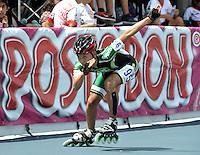 CUCUTA - COLOMBIA - 17-05-2013: Angello Correa, patinador de Antioquia, en la prueba de los 300 metros contra reloj individual, prejuvenil  varones, en el Campeonato Nacional Interligas en la ciudad de Cucuta, mayo 17 de 2013. (Foto: VizzorImage / Luis Ramirez / Staff). Angello Correa skater from Antioquia, in testing the 300 meters individual time, prejuvenil men in the Interleague National Championship in the city of Cucuta, May 17, 2013. (Photo: VizzorImage / Luis Ramirez / Staff)
