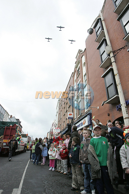 St Patricks Day Parade 2005 Drogheda.Photo By Fran Caffrey/Newsfile.ie