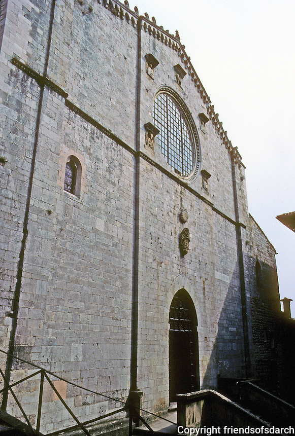 Italy: Gubbio--Duomo, 13th century. Photo '83.