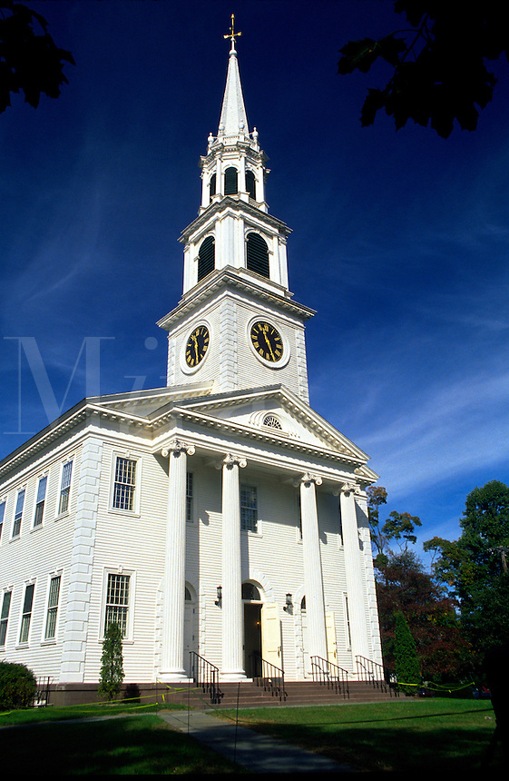 The exterior of the First Congregational Church in Old Lyme, Connecticut. Old Lyme, Connecticut.