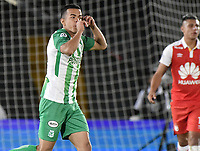 BOGOTA - COLOMBIA, 17-01-2019: Omar Duarte del Atletico Nacional celebra después de anotar el primer gol de su equipo a Independiente Santa Fe durante partido del Torneo Fox Sports 2019 jugado en el estadio Nemesio Camacho El Campin de la ciudad de Bogotá. / Omar Duarte of Atletico Nacional celebrates after scoring the first goal of his team to Independiente Santa Fe during match for the Fox Sports  Tournament 2019 played at Nemesio Camacho El Campin Stadium in Bogota city. Photo: VizzorImage / Gabriel Aponte / Staff.