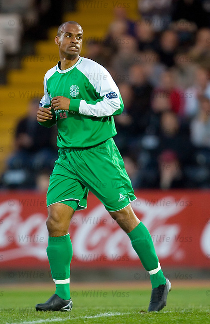 Thomas Sowunmi, Hibs.stock season 2006-2007.pic willie vass